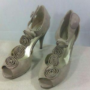 Candie's Lilac Peep Toe Heels Sz8.5 M NWOT. Suede